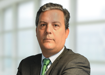 Íñigo Prior, Infrastructure, Energy and Capital Projects Director